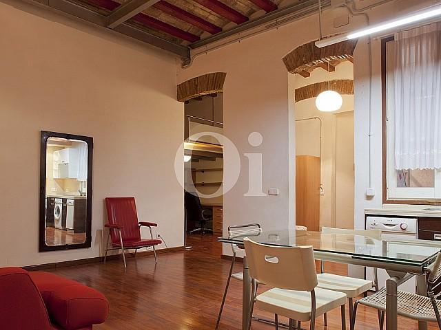 Loft rénové en vente dans le Gótico à côté de Jaume I, Barcelone