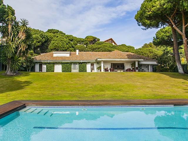Villa de lujo en venta en Urb. Rocaferrera, LLavaneres, Maresme