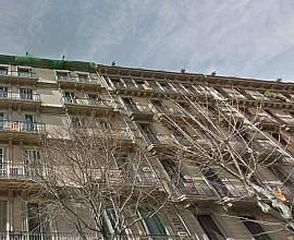 Edificio regio  en venta en Barcelona, zona Sagrada Familia