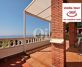 Maison en vente avec vue sur la mer à Premià de Dalt, Maresme
