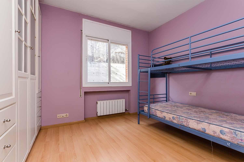 Schlafbereich Wohnbereich in Luxus-Reihenhaus zum Verkauf in Tiana