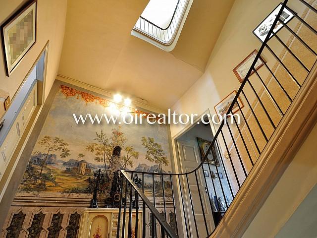 Продается дом в классическом стиле в Матаро