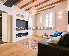 Apartamento en venta con reforma totalen el centro de Barcelona, barrio del Raval