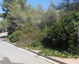 Gran parcel•la de 823m2 a urbanització Mas Alba, Costa Daurada