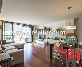 Elegant pis en venda amb terrassa de 40m2 al Poblenou, Barcelona