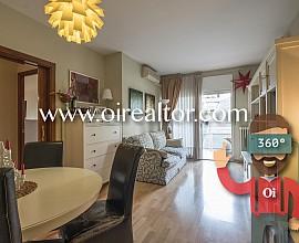 Soleado y tranquilo piso en venta en Sagrada Familia, perfecto para entrar a vivir
