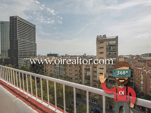 Продается шикарный пентхаус в Барселоне, в Побленоу