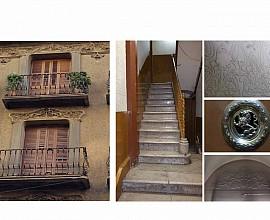 Edificio modernista en venta en el distrito de Sant Martí de Barcelona
