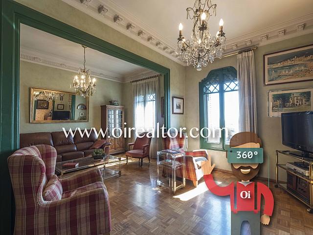Продается потрясающая квартира с видом на море в Эшампле Дрета