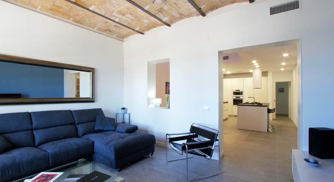 Alquiler de apartamento de dise o en la playa de san Diseno de interiores san sebastian