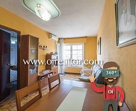 Wohnung zum Verkauf im Viertel Gràcia Nova, neben dem Fußballplatz des Vereines Europa