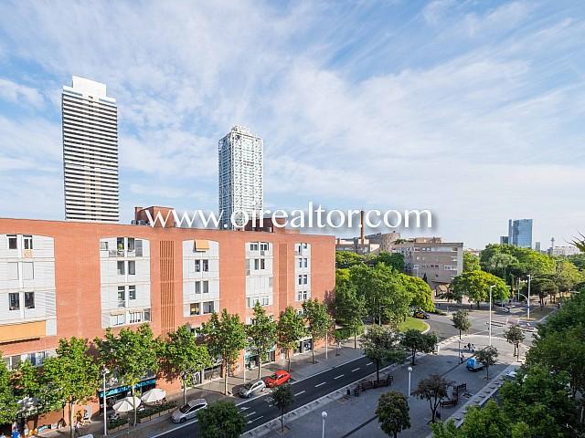 Appartement sensationnel en vente dans la Villa Olímpica avec vue dégagée sur la ville, Barcelone