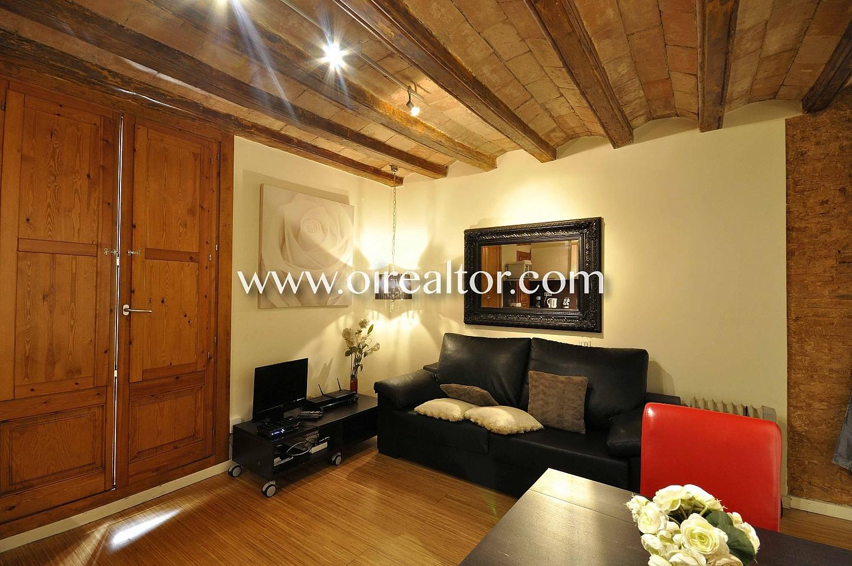 salón comedor, salón, comedor, vigas vistas, finca regia, piso modernista, apartamento