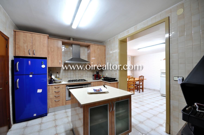 Cocina, cocina con isla, cocina con electrodomésticos, cocina con office, office, cocina office,