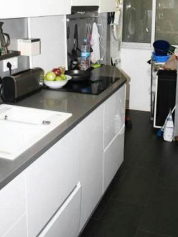 cocina, cocina equipada, cocina con electrodomésticos, horno, microondas,