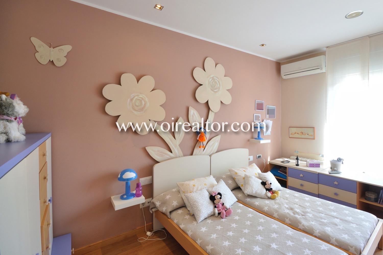 Dormitorio, dormitorio doble, dormitorio con ventana, habitación, habitación doble,