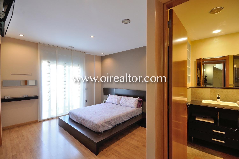 Dormitorio, dormitorio doble, dormitorio con ventana, habitación, habitación doble, habitación en suite, baño en suite, suite,
