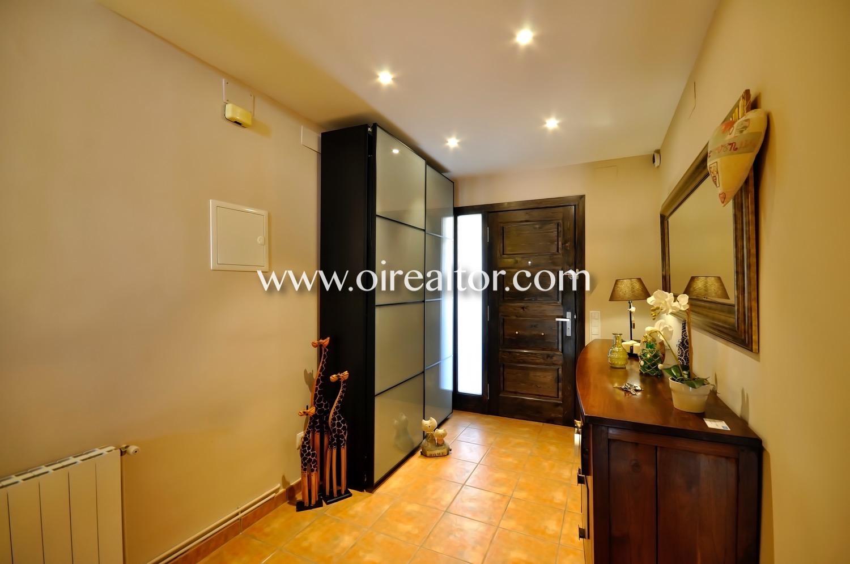 Recibidor, recibidor amplio, puerta, entrada, casa,