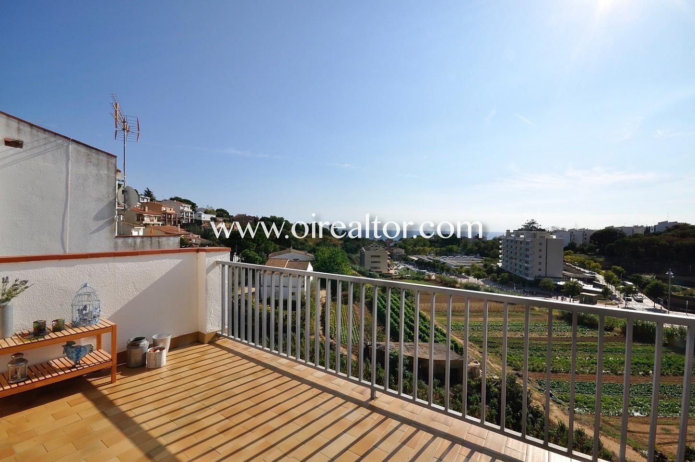 Vistas, terraza, terraza con vistas, terraza con vistas a la montaña, montaña, vistas a la ciudad