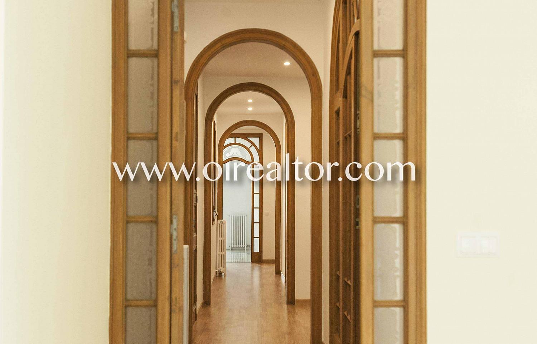 puerta, pasillo, puerta de diseño, puerta con vidriera,