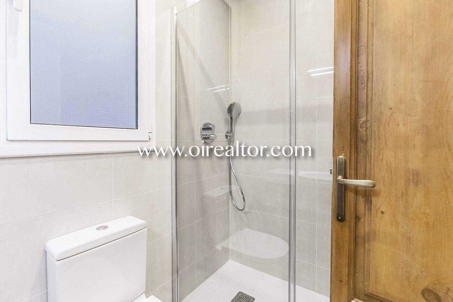 baño, baño con ducha, ducha, baño completo,
