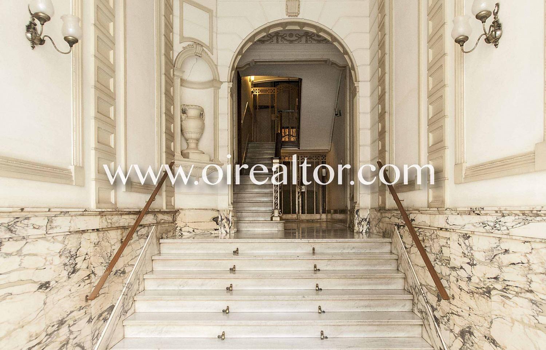 entrada, portería, portería modernista, portal modernista, portal, zona común, modernismo catalán