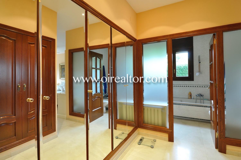 dormitorio, dormitorio doble, habitación doble, habitación, cama, cama doble, armarios empotrados, baño en suite