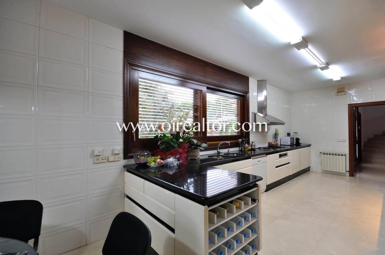 cocina, cocina equipada, cocina con electrodomésticos, electrodomésticos, cocina office, cocina con office, office