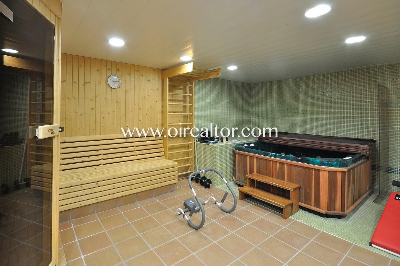 gimnasio, sauna, gimnasio con sauna, casa con gimnasio, casa con sauna, jacuzzi, casa con jacuzzi