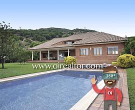 Gran casa señorial en venta en urbanización Mas Ram en Badalona, Barcelonés