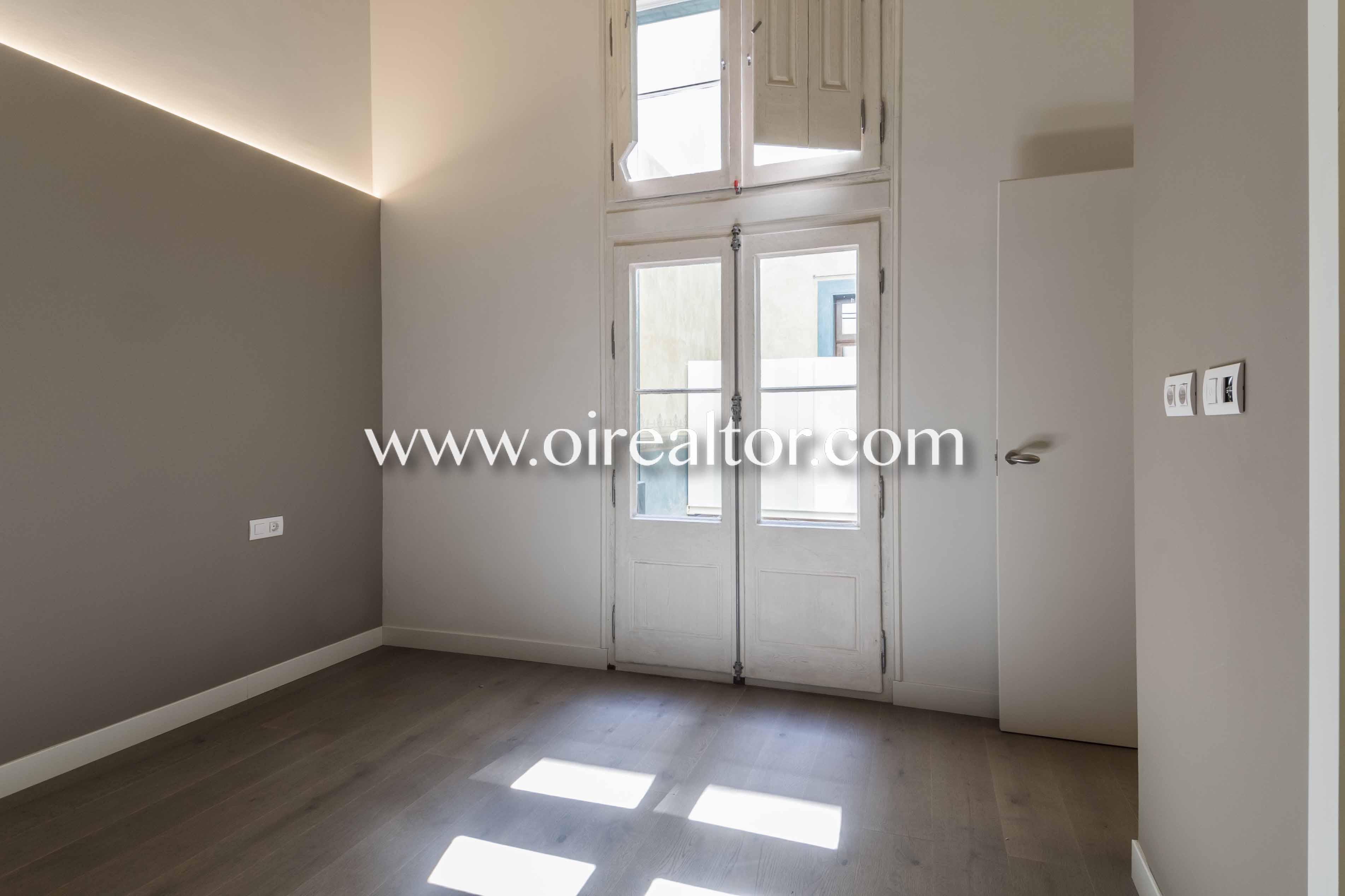dormitorio, piso sin muebles, piso vacío, salida a terraza, salida a balcón , balcón, terraza