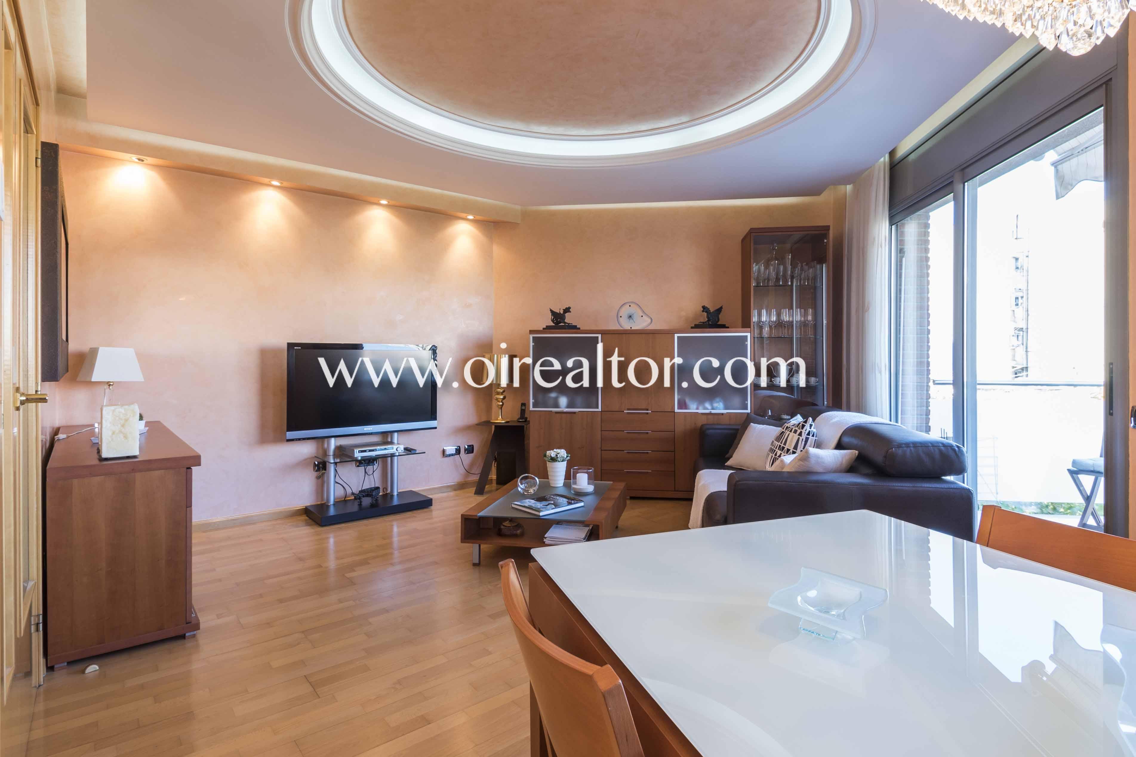 salón comedor, salón, comedor, terraza, salón comedor con terraza, balcón, salón comedor soleado, salon comedor luminoso