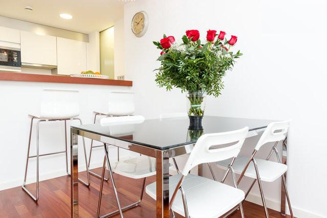 salón comedor, salón, comedor, salón soleado, salón comedor luminoso, soleado, cocina americana, cocina integrada, open concept