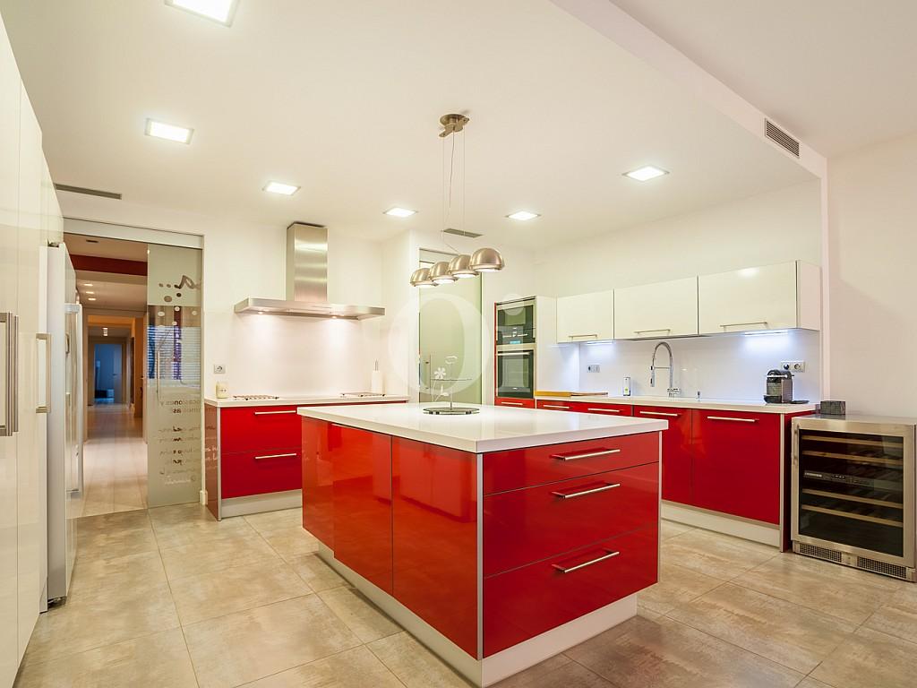 salón comedor, salón, comedor, salón con cocina, cocina con isla, comedor con cocina integrada, cocina americana