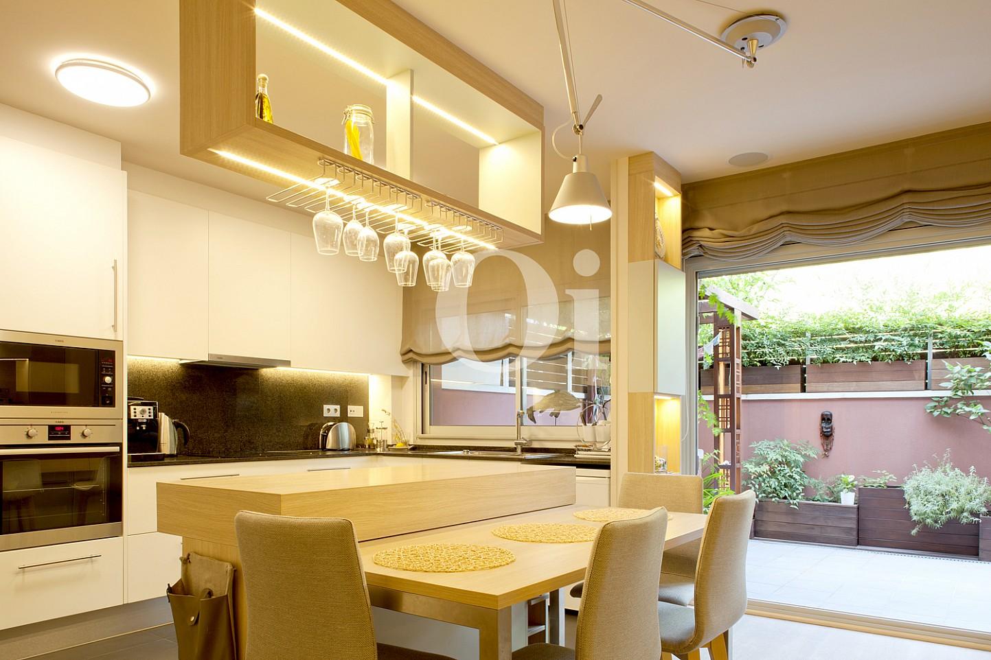 cocina, cocina equipada, cocina con electrodomésticos, electrodomésticos, , cocina con isla