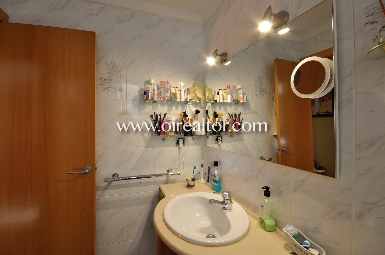Baño, baño completo, aseo, lavabo, baño con ducha