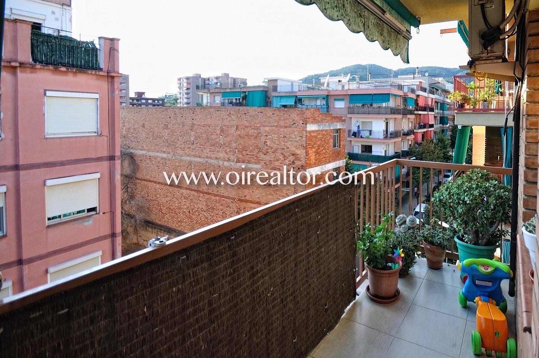 terraza, terraza con vistas, terraza con vistas a la ciudad, vistas a la ciudad, terraza con toldo