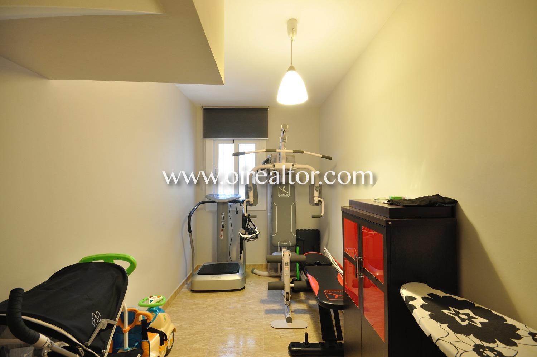 Gimnasio, deporte, habitación simple, dormitorio simple,