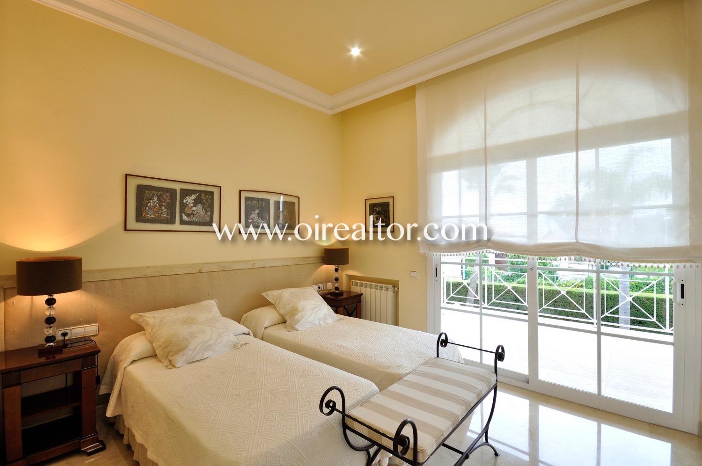 Dormitorio doble, habitación doble, cama, camas, habitación grande, dormitorio