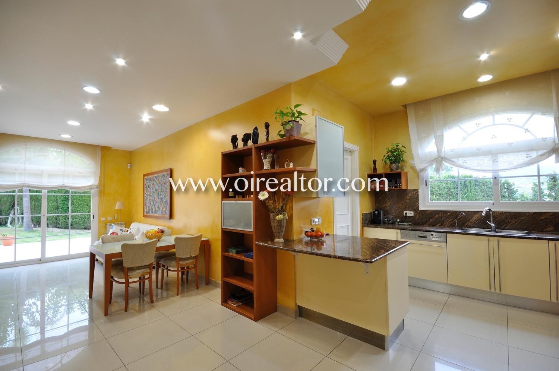 Cocina, cocina con office,cocina office, office, cocina equipada, electrodomésticos,