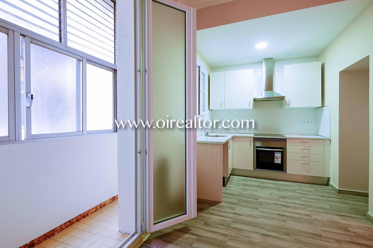 amplio, luz, luminoso, piso, ventana, cocina, electrodomésticos, campana extractora horno, cocina americana