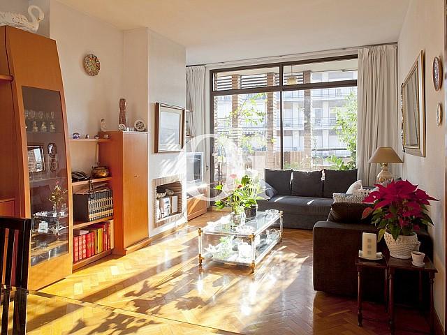 Elegante Wohnung zum Verkauf im Viertel Les Corts, Barcelona
