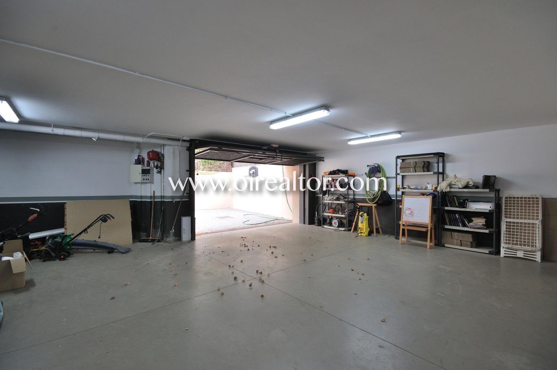 trastero, garaje, garaje doble, coche, puerta automática, coche, aparcar