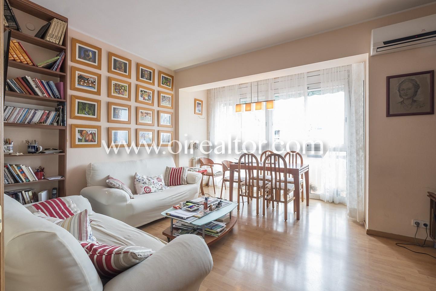 Salón comedor, salón, comedor,sofás, mesa, luminoso, luz, soleado, amplio,