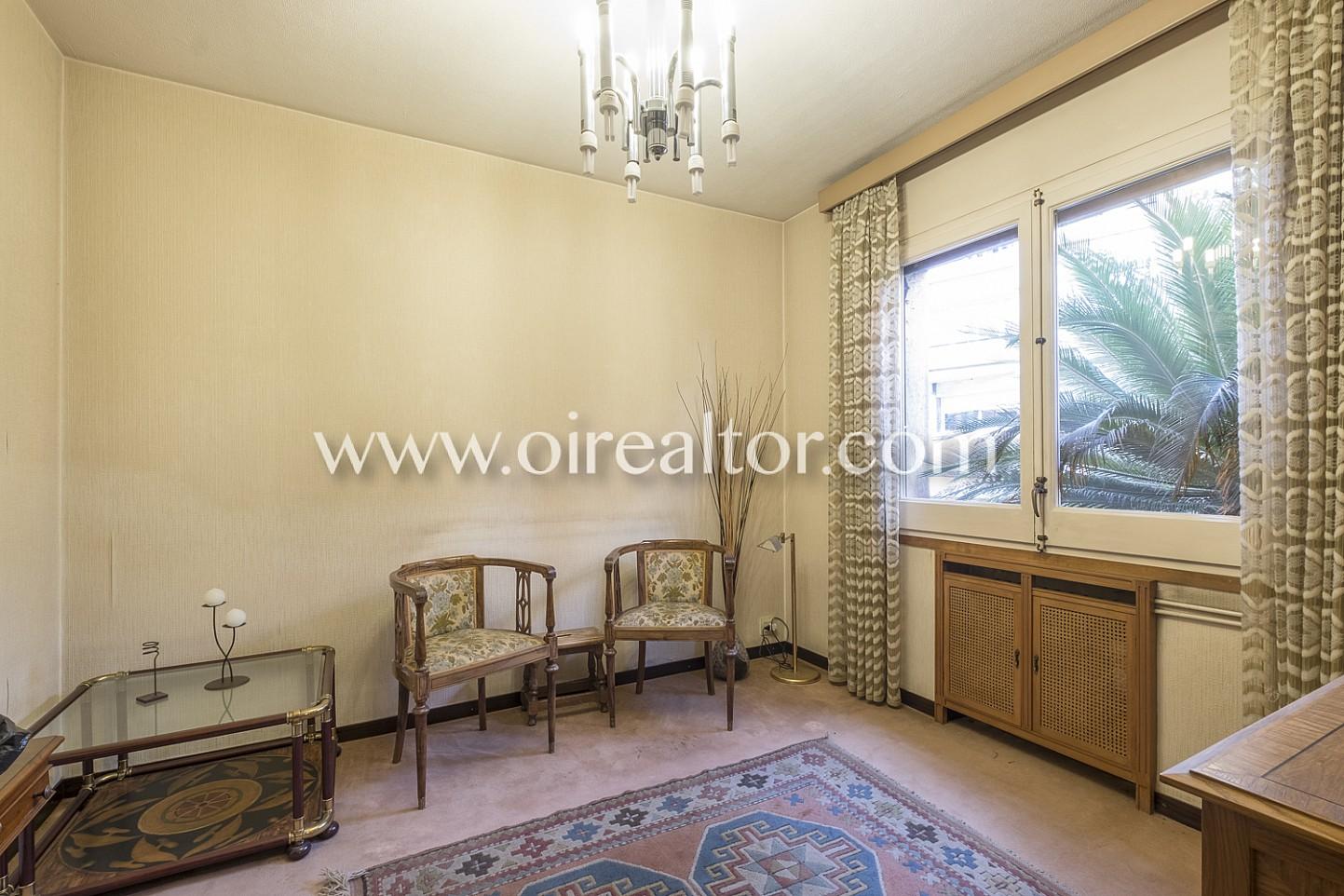 habitación, salón, sala de estar, luminoso, sillas, mesa,