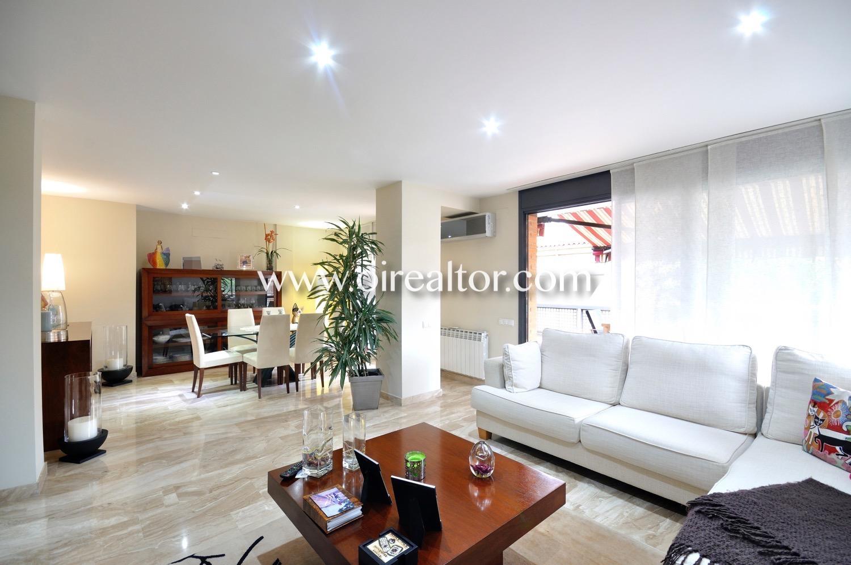 Salón comedor, salón, comedor, salón comedor de diseño, luminoso, elegante, amplio,