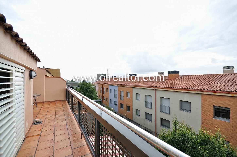 Terraza, piso dúplex, soleado, luminoso, vistas, vistas a la ciudad