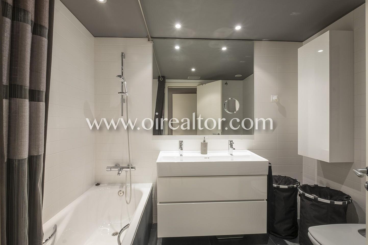 Baño, baño completo, lavabo, baño equipado, bañera
