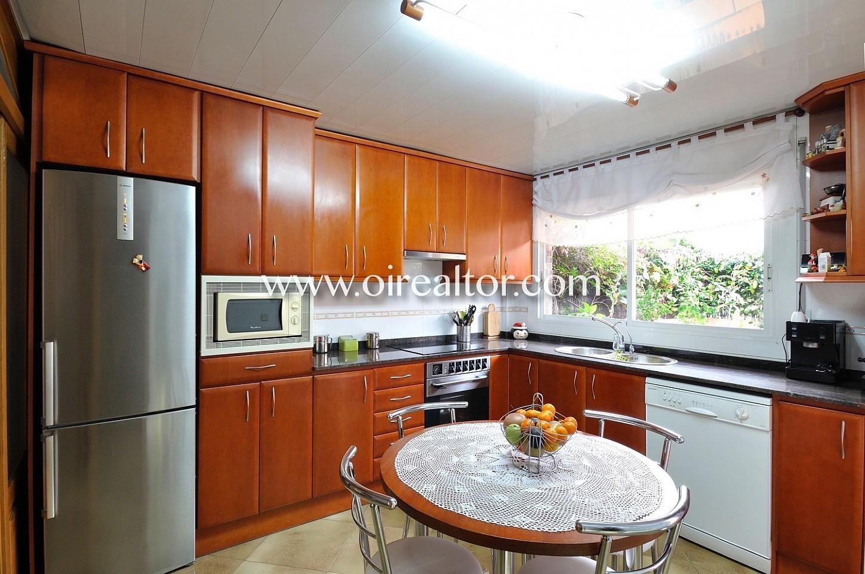 cocina, office, cocina office, electrodomésticos, cocina equipada, cocina con salida a jardín, cocina exterior, cocina luminosa