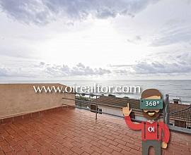 Adossada en venda a un minut de la platja al centre del Masnou, Maresme